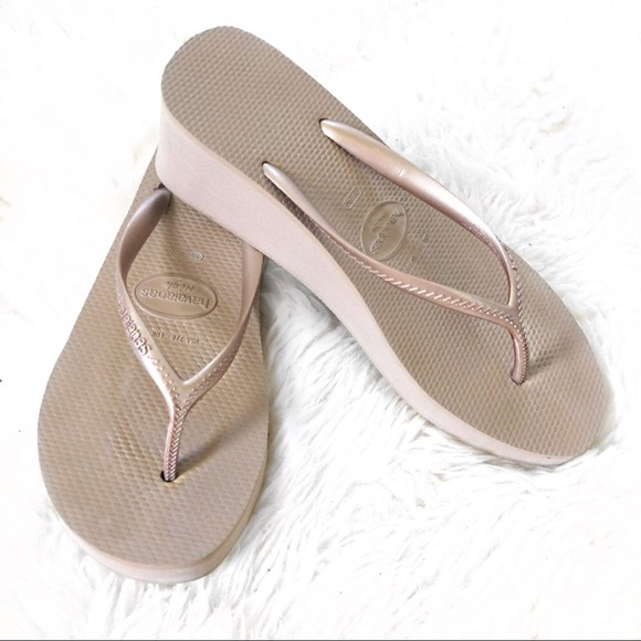 4c4b0d76cb2d Havaianas Shoes - HAVAIANAS High Thong Sandals in Bronze Size 7   8